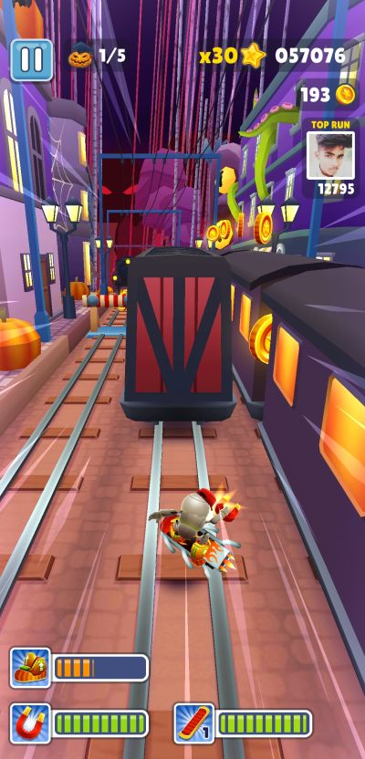 how to use the hover boards in subway surfers